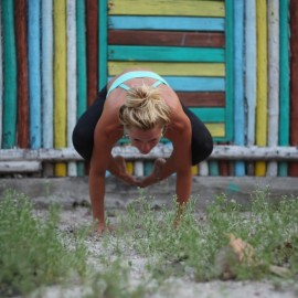 bakasana (crow pose): step-by-step instructions